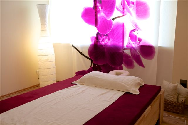 Royal Thai Massage Saengngam Remscheid Massageliege